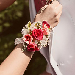 Teenage Dream Corsage