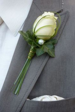 Sweet Summer Boutonniere