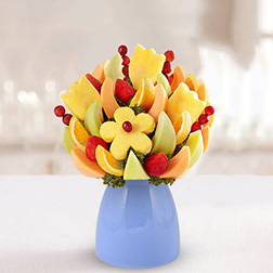 Delightful Daisy Fruit Bouquet