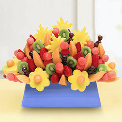 Grand Tribute Fruit Bouquet