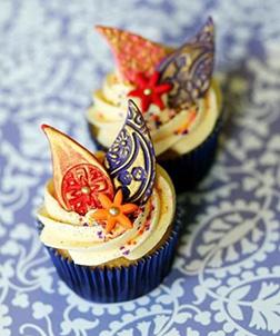 Diwali Frosting Swirls Cupcakes