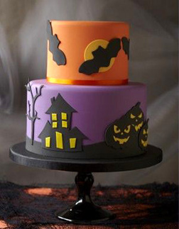 Hallow's Eve Haunted Cake