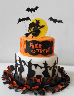 Be-Witching Halloween Cake
