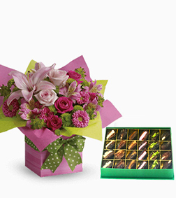 Pretty Pink Present Bouquet with Assorted Dates Box