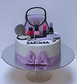 A Lady's Purse Cake