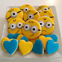 Minion Hearts Cookies