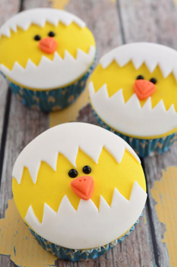Happy Hatching Cupcakes