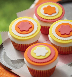 Blossom Badge Cupcakes
