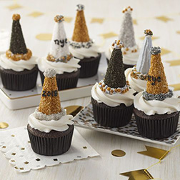 Party Hats New Year Cupcakes