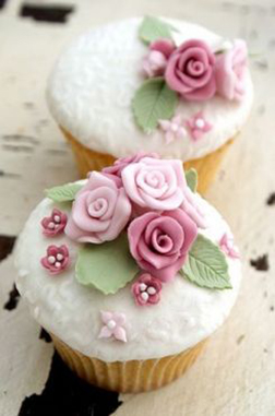Crown of Roses Cupcakes