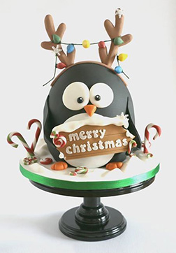 Penguin Fun Christmas Cake