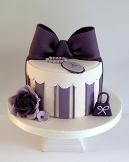 Purple Elagance Bow Cake