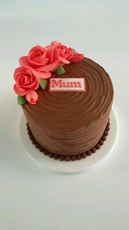 Mom's Favorite Roses Cake