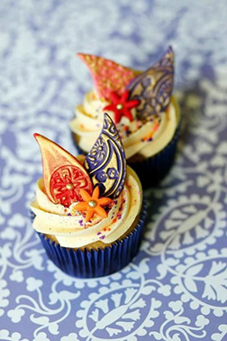 Paisely Diwali Cupcakes