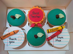 Best Teacher Cupcakes