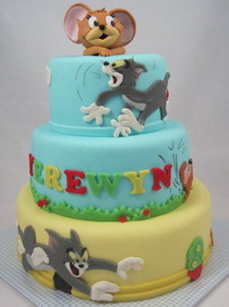 Tom and Jerry Tier Chase Cake