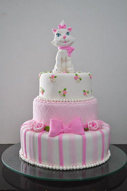 Tiered Aristrocats Cake