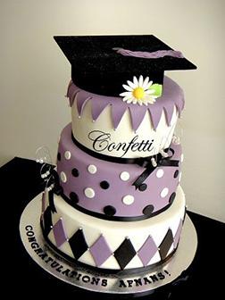 Daisy Stack Graduation Cake