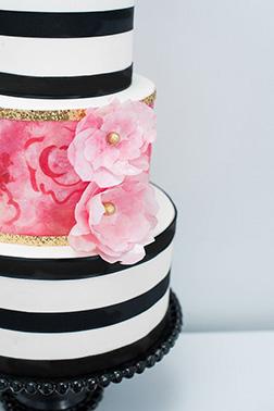 Rose Stripe Wedding Cake