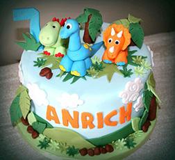 Pet Dinosaurs Cake