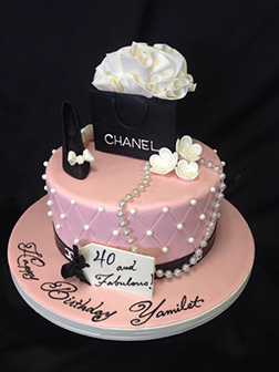 Chanel Shopping Bag Cake