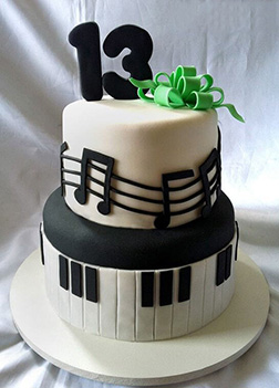 Melodious Notes & Keys Cake