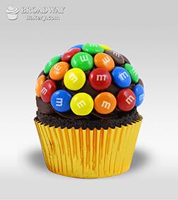 M&M Funfetti - 1 Cupcake