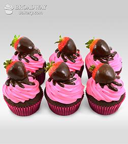 Vegan Strawberry Cupcakes - 6 Cupcakes