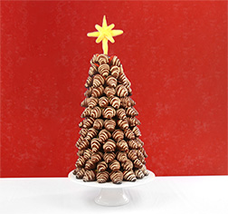 Dipped Strawberry Christmas Tree