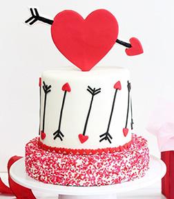 Lovestruck Cupid Cake